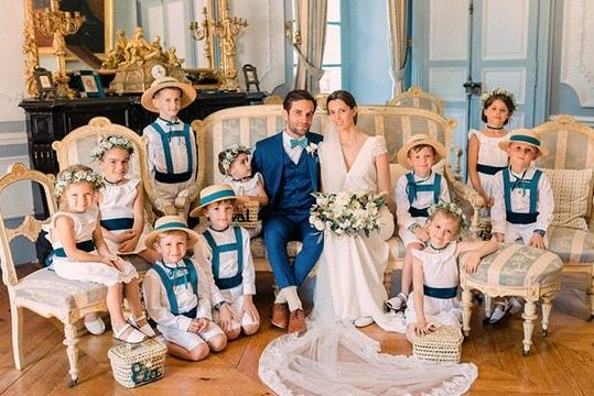 wedding picture in a beautifull french chateau